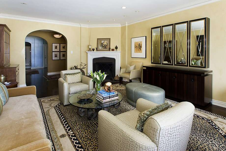The fireplace is a key feature of the living room. Photo: Reflex Imaging