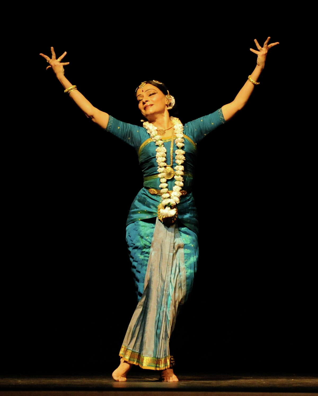 Contemporary Bharatanatyam dancer Malavika Sarukkai will perform Friday.