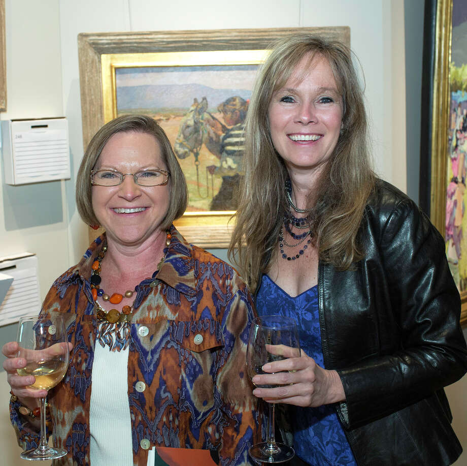 Dilana Gohlke (left) and Bonnie Keathley Photo: J. MICHAEL SHORT, FOR THE EXPRESS-NEWS / THE SAN ANTONIO EXPRESS-NEWS