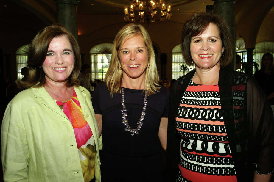 Kathryn Howie (from left), Doreen Magoon and Kathy Stell Photo: LELAND A. OUTZ, For The Express-News / SAN ANTONIO EXPRESS-NEWS