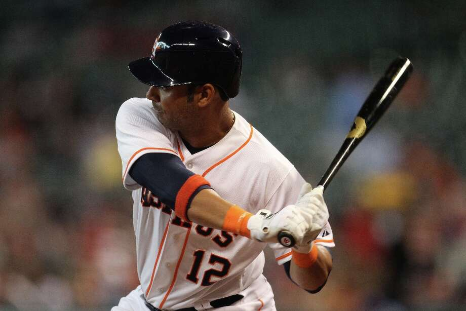 Astros first baseman Carlos Pena at bat during the sixth inning. Photo: Karen Warren, Chronicle / © 2013 Houston Chronicle