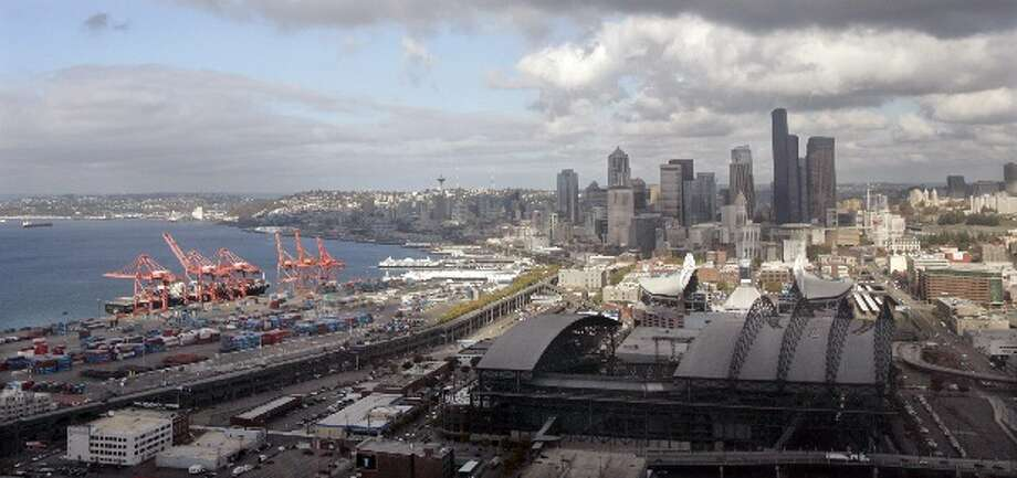 April 3, 2012:The Seattle Mariners are the first organization to raise concerns about potential extra traffic caused by a new arena in Sodo.  Photo: Elaine Thompson, Associated Press