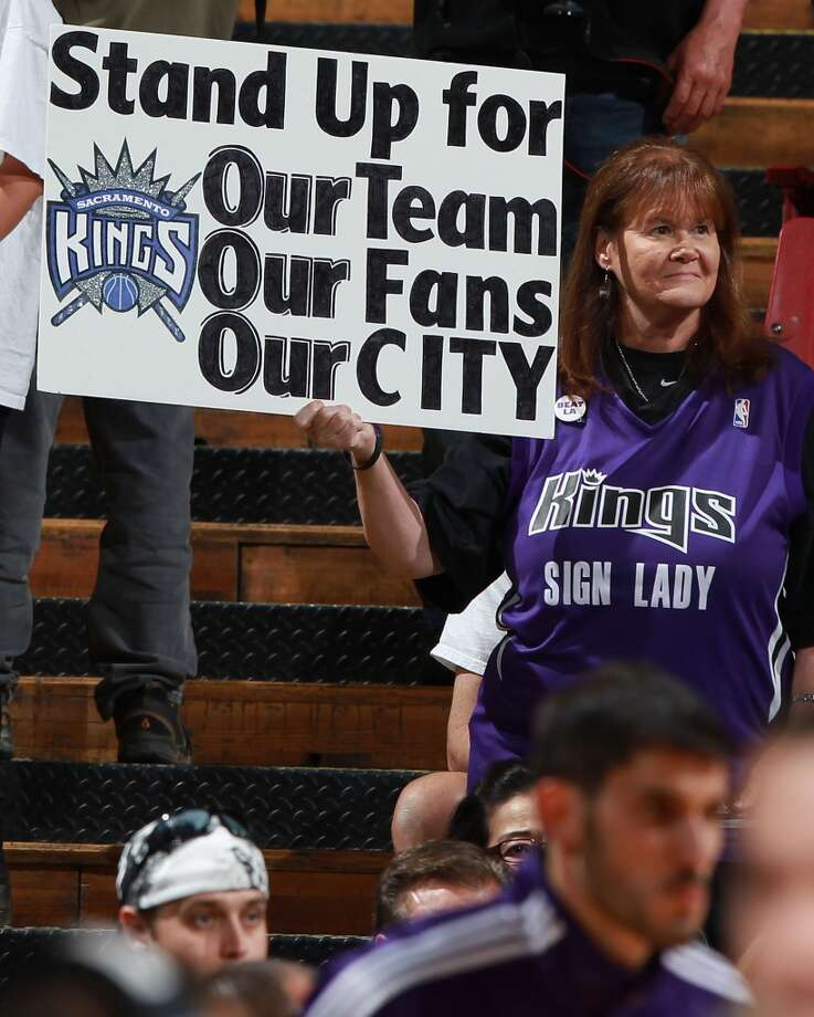 Jan. 9, 2013:Yahoo Sports first reports a possible deal for Chris Hansen to purchase the Sacramento Kings and relocate them to Seattle. The report followed a hot night of rumors on Twitter and elsewhere.  Photo: Jed Jacobsohn, Getty Images