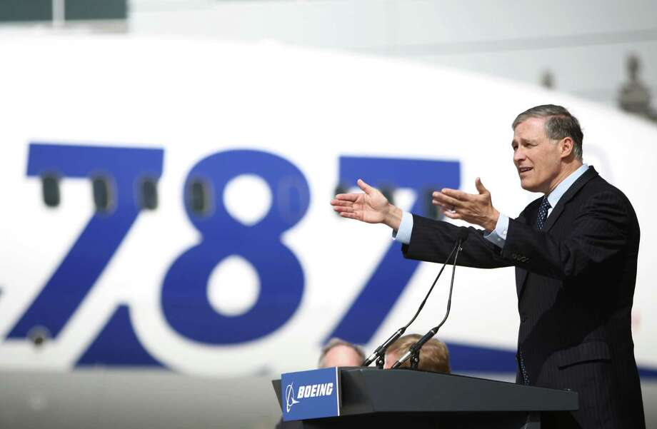 Washington Governor Jay Inslee speaks during a ceremony opening Boeing's new Everett Delivery Center. Photo: JOSHUA TRUJILLO / SEATTLEPI.COM