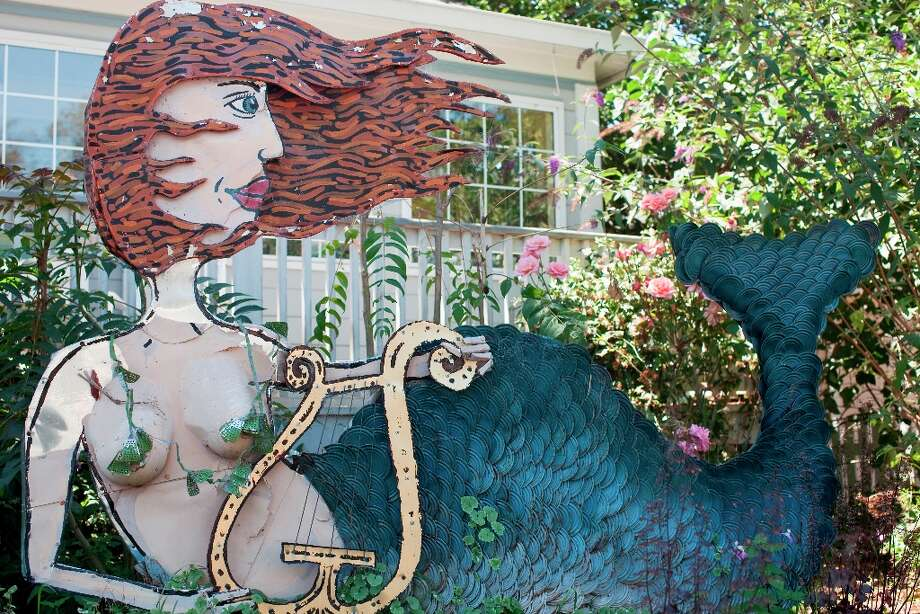 SEBASTOPOL: You\'ll find Patrick Amiot\'s urban folk art sculptures (they\'re made of recycled materials) on Sebastopol\'s Florence Avenue. (Drive time: 1.25 hours)