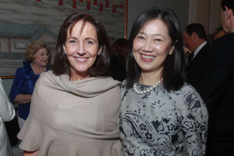 Jenny Elkins, left, and Anne Chao. Photo: Gary Fountain, For The Chronicle / Copyright 2013 Gary Fountain
