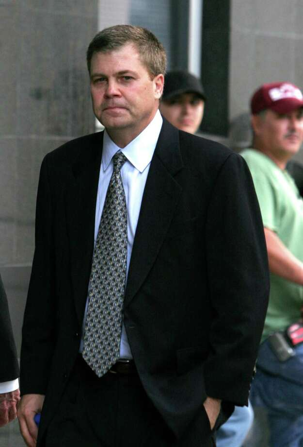 Kenneth Rice, former chief of Enron Corp.'s high-speed Internet unit, was sentenced to 27 months in prison for securities fraud. He served the sentence and he now works in investments. Photo: PAT SULLIVAN, AP / AP