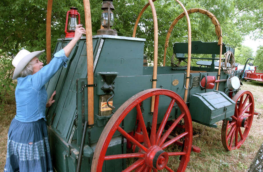 State VehicleChuck Wagon,Senate Concurrent Resolution No. 8, 79th Legislature, Regular Session (2005) Photo: TOM REEL, File Photo / SAN ANTONIO EXPRESS-NEWS