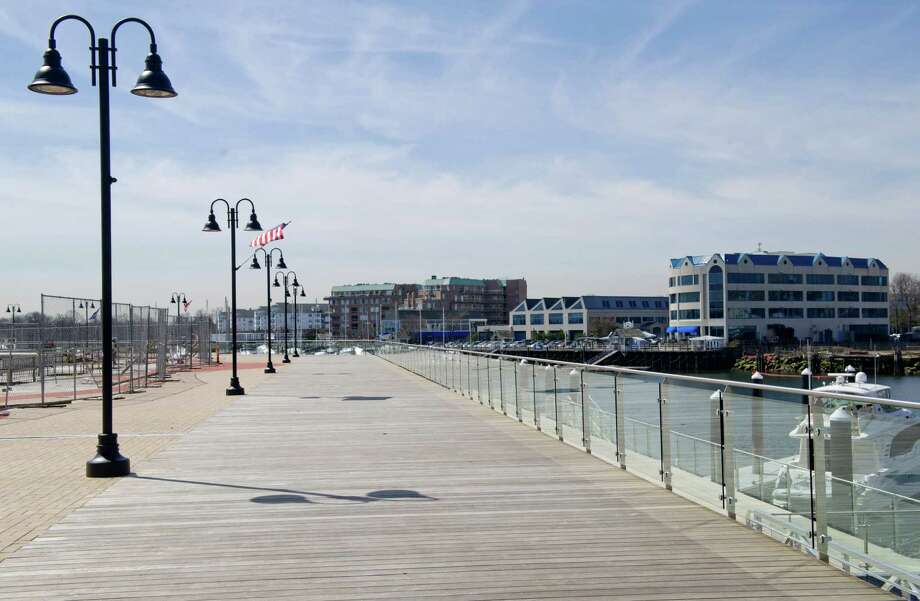 New boardwalk and marina behind 100 Washington Blvd. in Stamford, Conn., on Thursday, April 4, 2013. Photo: Lindsay Perry / Stamford Advocate