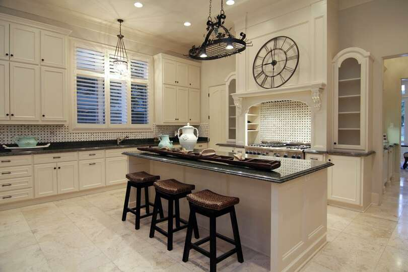 Kitchen island with breakfast bar 6 burner cook top for Kitchen island houston