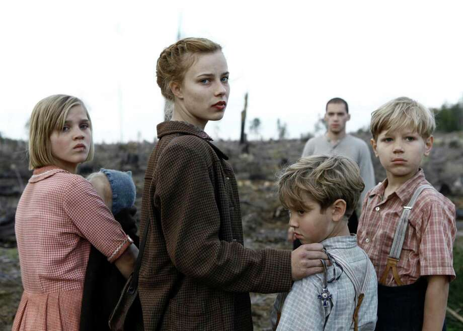 Liesel (Nele Trebs), Lore (Saskia Rosendahl), Jurgen (Mika Seidel), and Gunther (Andre Frid) in LORE. Courtesy of Music Box Films.