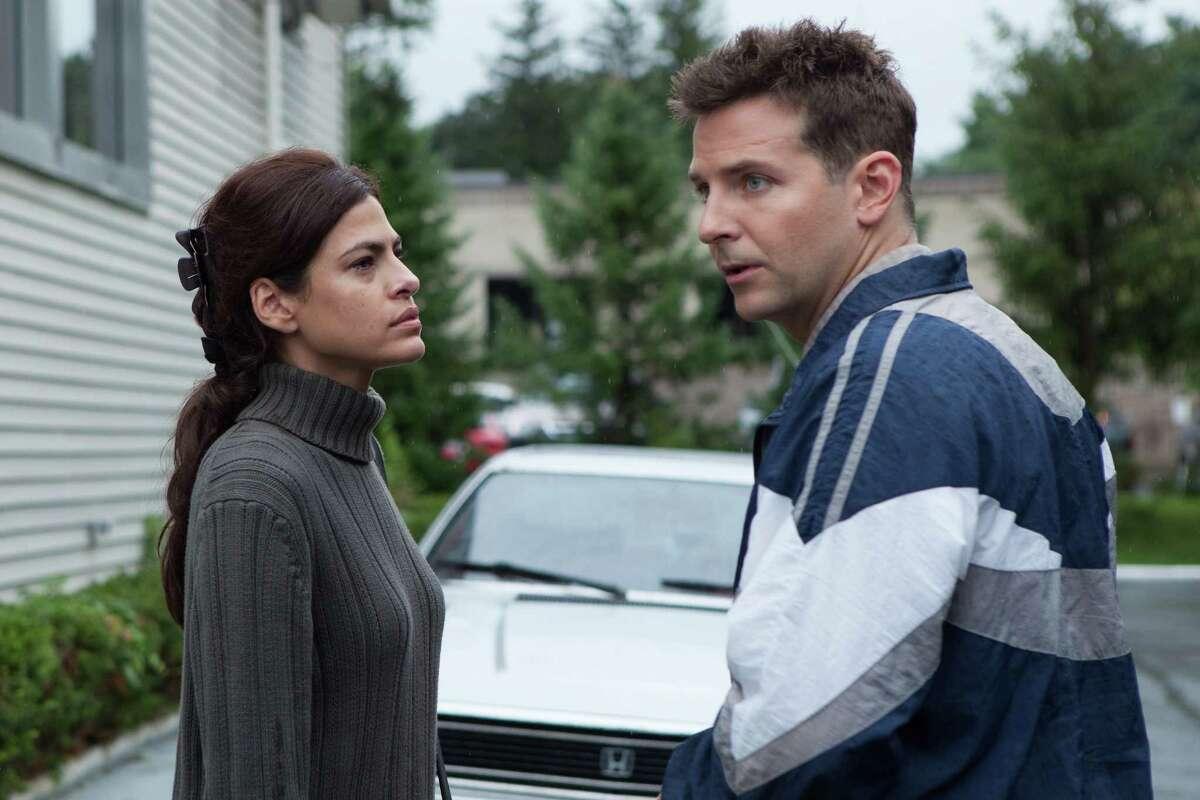 Eva Mendes and Bradley Cooper star in