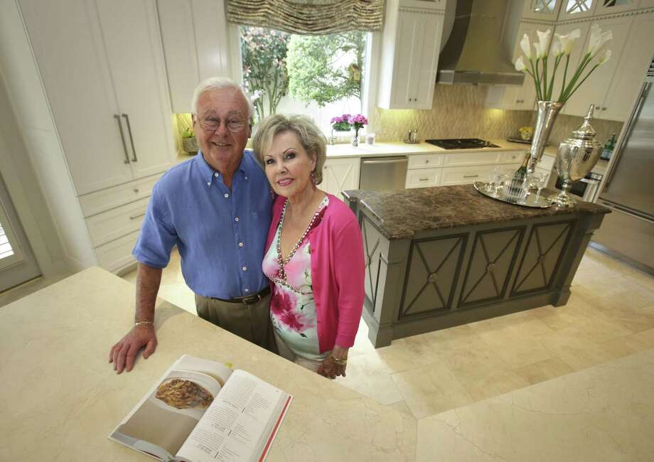 Larry and Jean Rose enjoy the space and openness in the kitchen of their Dominion home. Photo: Photos By Bob Owen / San Antonio Express-News