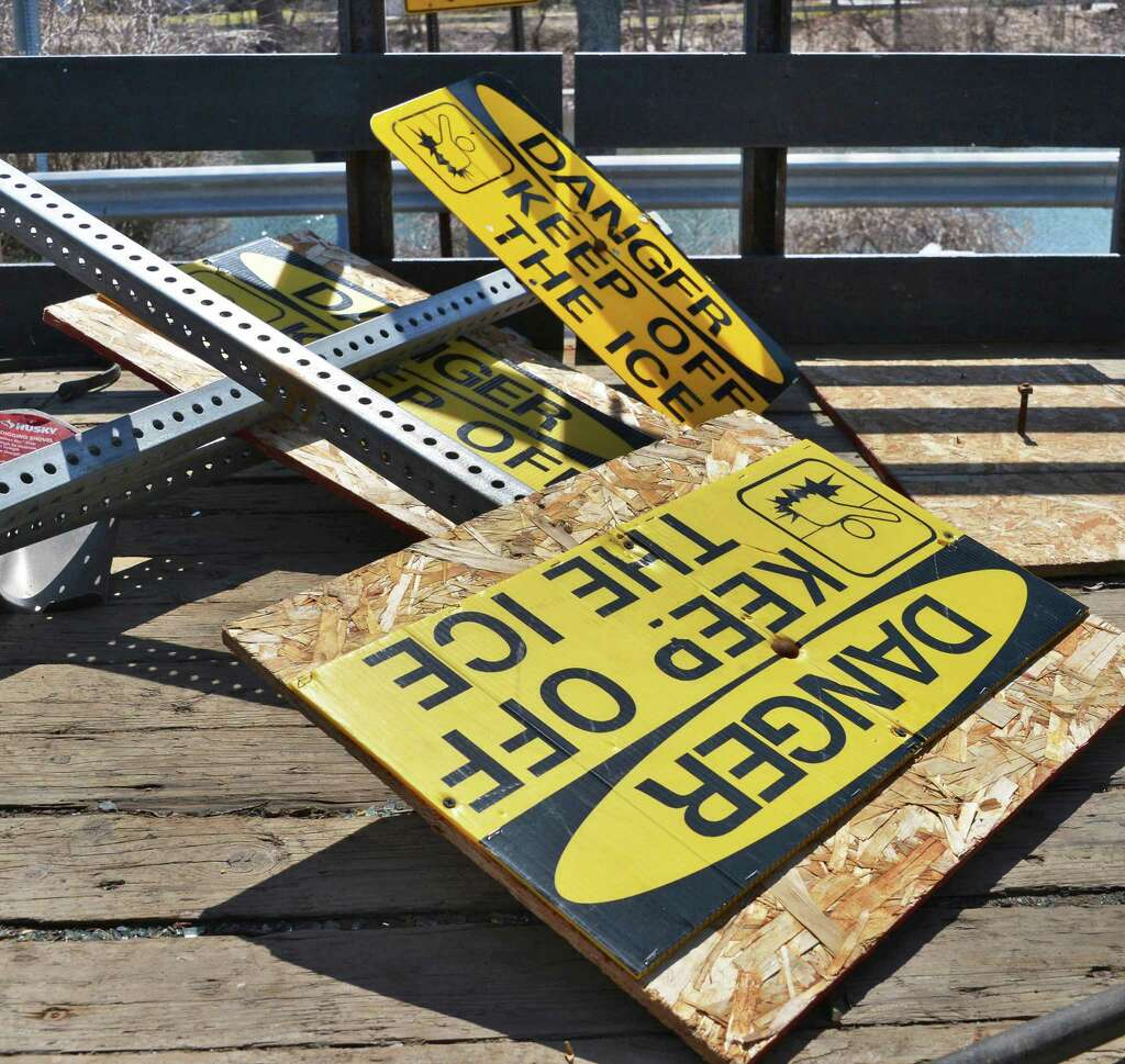 photos signs are no longer on thin ice times union