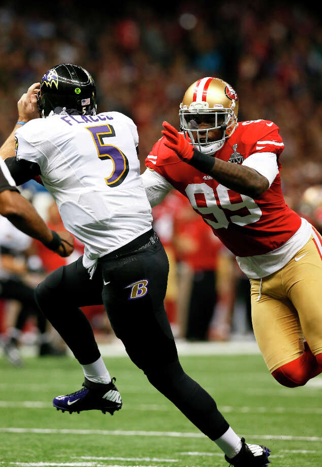 And linebacker Aldon Smith (99). Photo: Michael Macor, The Chronicle / SFC