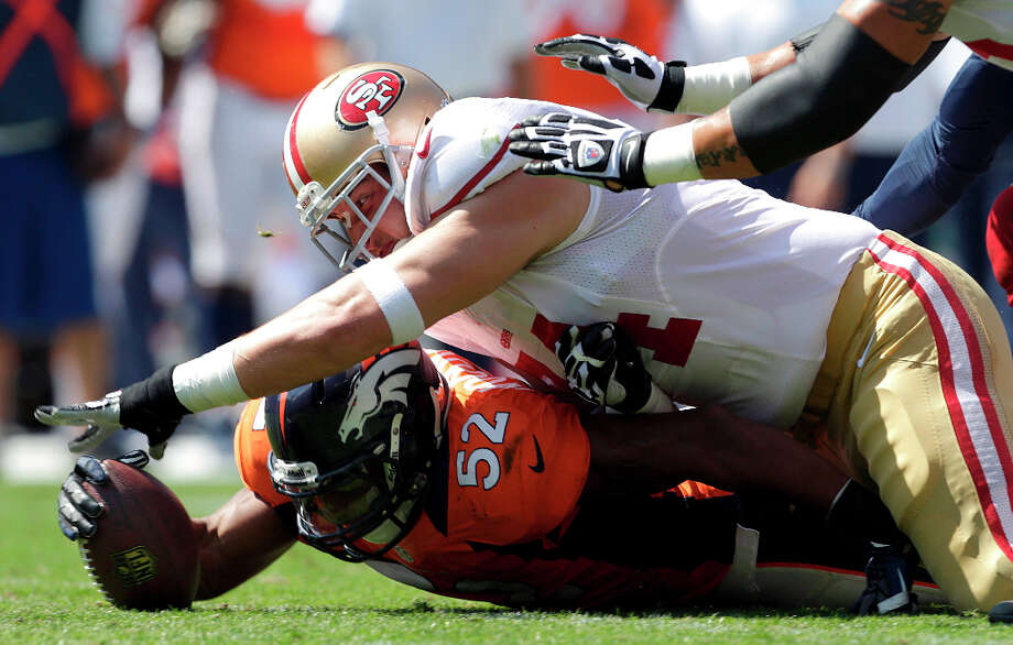 49ers offensive tackle Joe Staley (74), Photo: Joe Mahoney, Associated Press / FR170458 AP