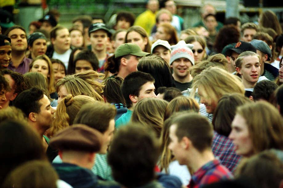 Part of the crowd that gathered at Seattle Center, April 10, 1994. This picture has not previously been published. Photo: P-I Staff Photographer/CopyrightMOHAI, Seattle Post-Intelligencer Collection, 2000.107_19940410_0064.