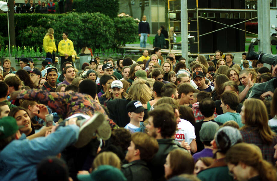 A previously unpublished image from April 10, 1994, at the Seattle Center. Photo: P-I Staff Photographer/CopyrightMOHAI, Seattle Post-Intelligencer Collection, 2000.107_19940410_0065.