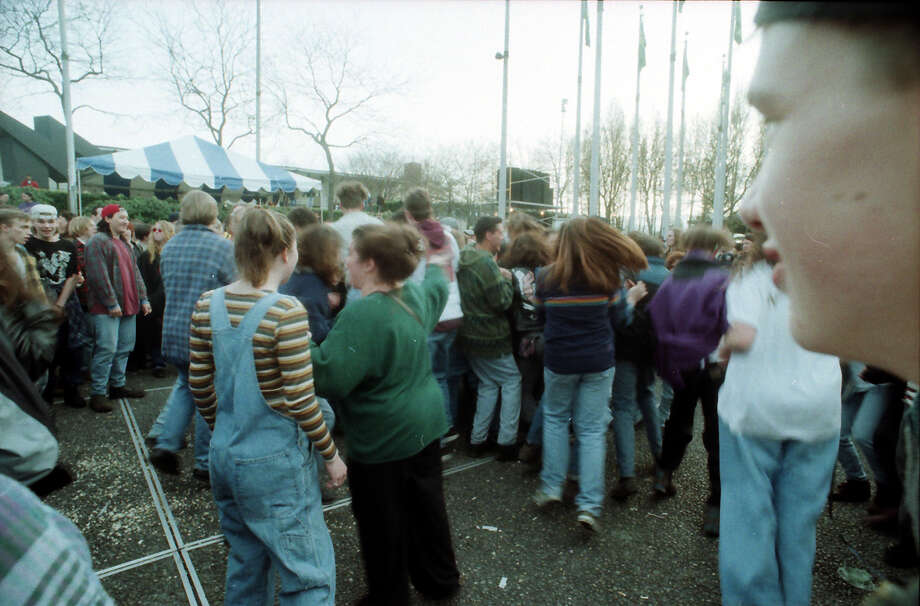 Another unpublished picture from the April 10, 1994 memorial for Kurt Cobain at Seattle Center. Photo: P-I Staff Photographer/Copyright MOHAI, Seattle Post-Intelligencer Collection, 2000.107_19940410_0073.