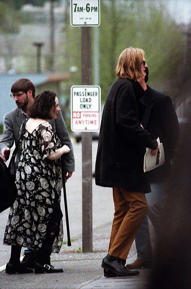 Friends of Kurt Cobain gather for an April 10, 1994 memorial. Photo: P-I Staff Photographer/CopyrightMOHAI, Seattle Post-Intelligencer Collection, 2000.107_19940410_0098.