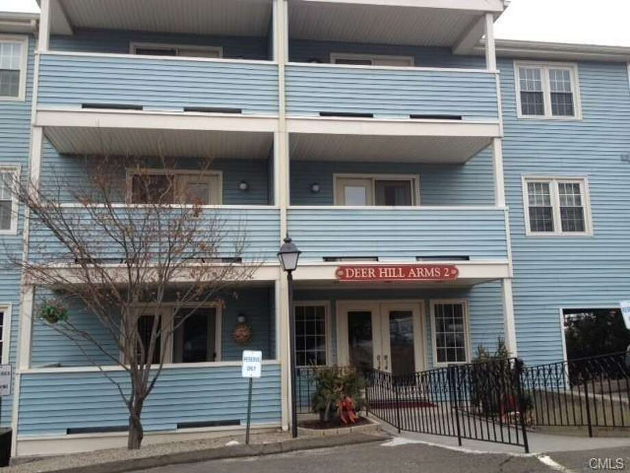 Danbury:This condo at 136 Deer Hill Avenue (Apartment 107) in Danbury was just reduced by $16,000 on April 4, for a new price of $99,000.