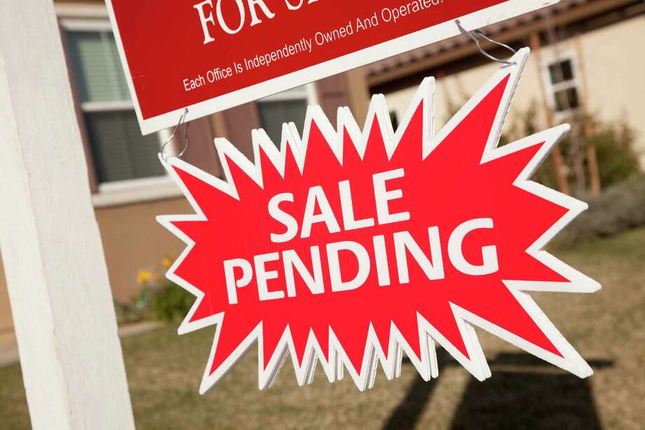 In today's fast-paced real estate market with multiple offer situations and properties going under contract almost as soon as they are listed, it is becoming increasingly difficult for agents to determine the most likely sales price when preparing a BMA for a potential relocation listing. Photo: Andy Dean Photography / Hemera
