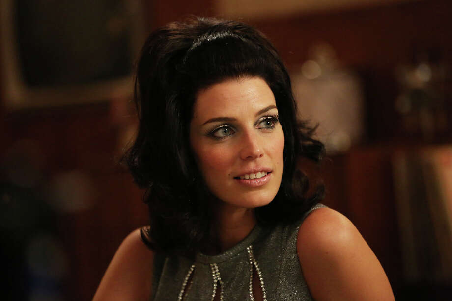 Megan Draper (Jessica Pare) - Mad Men - Season 6, Episode 2 - Photo Credit: Michael Yarish/AMC Photo: Michael Yarish/AMC