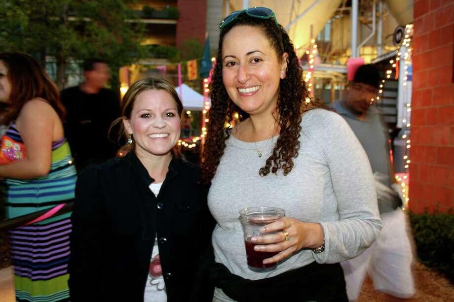 People enjoying San Antonio's popular Latin music series, Échale! at the Pearl Amphitheater- April 5, 2013 Photo: Yvonne Zamora, MySA.com/ SA