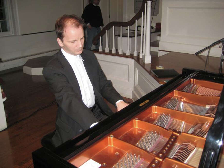 Pianist Maxim Pakhomov will perform at First Congregational Church, Darien, as part of its Music at First concert series, on Saturday, April 6. Photo: Contributed