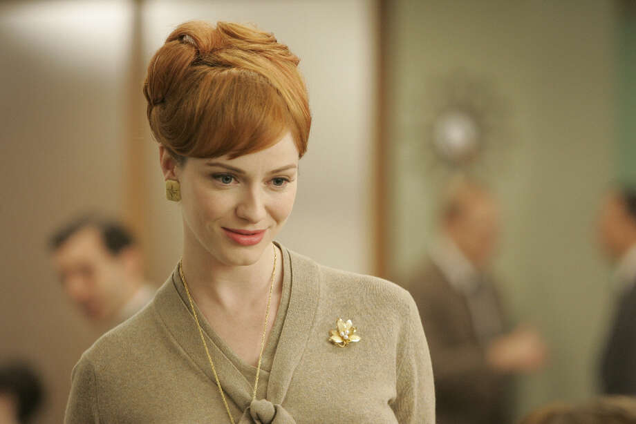 Now, let\'s look back at the first season. Joan Holloway (Christina Hendricks).