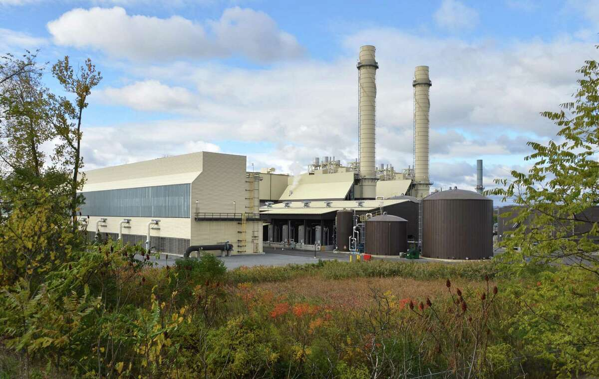 Empire Generating Company natural gas fired power plant Tuesday, Oct. 16, 2012, in Rensselaer, N.Y. (John Carl D'Annibale / Times Union)