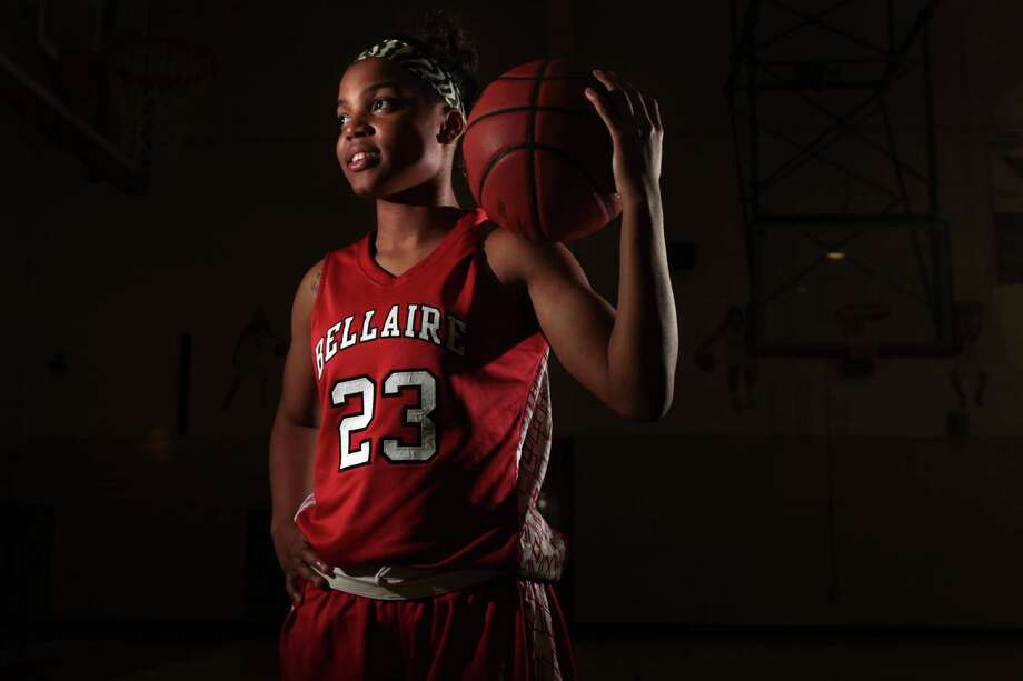 Senior point guard AJ Alix capped her high school career by leading Bellaire to a 33-4 record and capturing her third district MVP award. Photo: Mayra Beltran, Staff / © 2013 Houston Chronicle