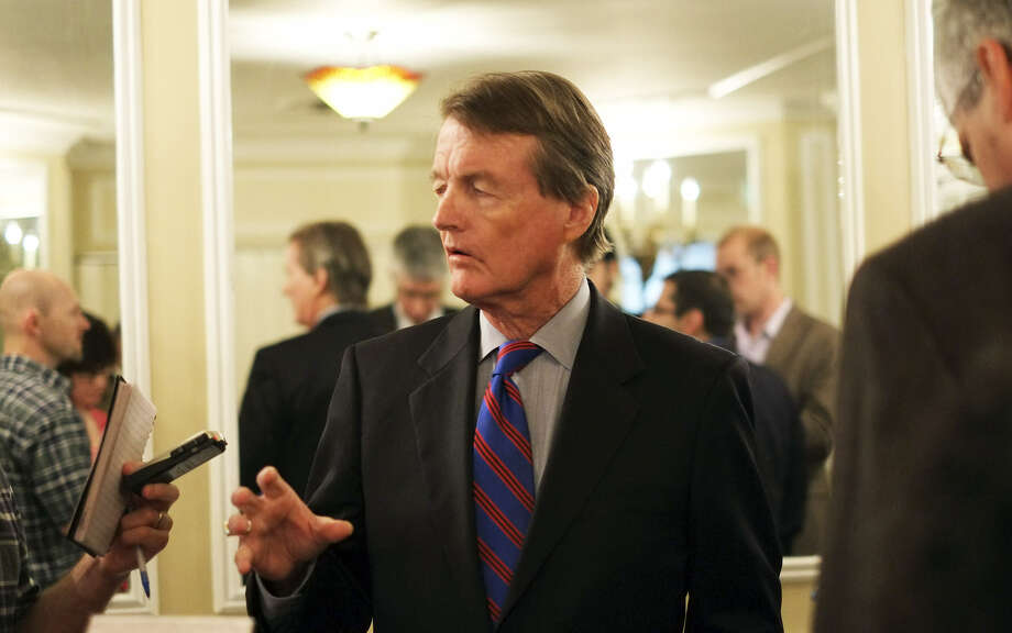 University of Texas at Austin President Bill Powers speaks to reporters and editors attending the Texas Associated Press Managing Editors luncheon at the St. Anthony Hotel. Photo: Luis Rios / San Antonio Express-News