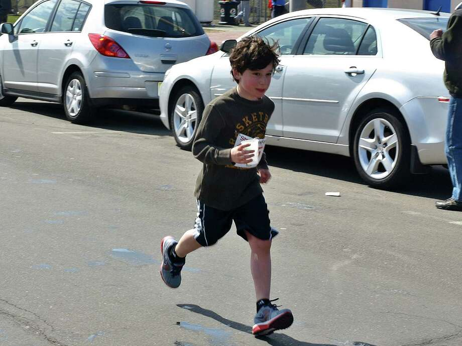 Were you SEEN at the Stratton Faxon Greater Danbury Road Race on April 7th? Photo: Nuria Ryan
