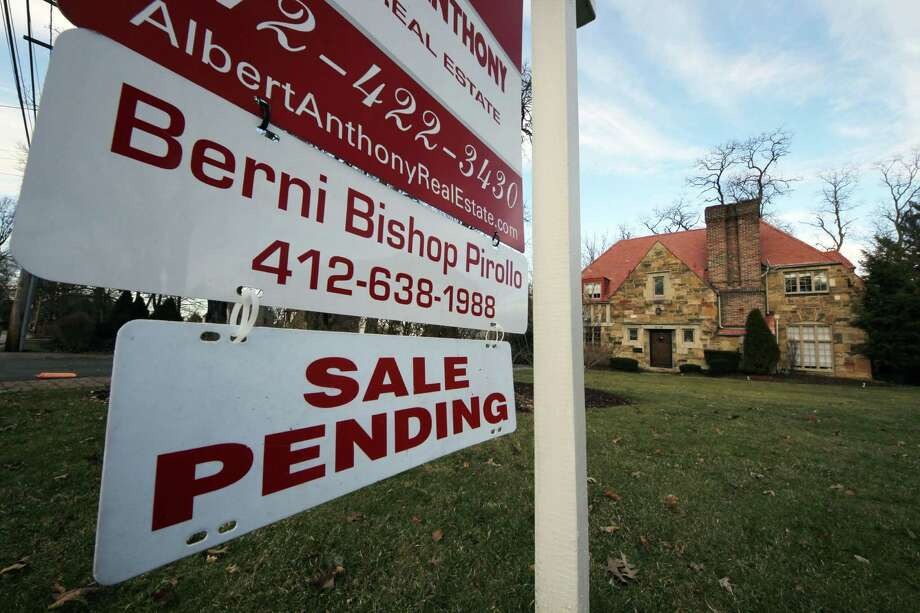 The Obama administration is asking banks to make home loans to a wider range of borrowers. Skeptics say risky lending could lead to another housing crash. Photo: Associated Press