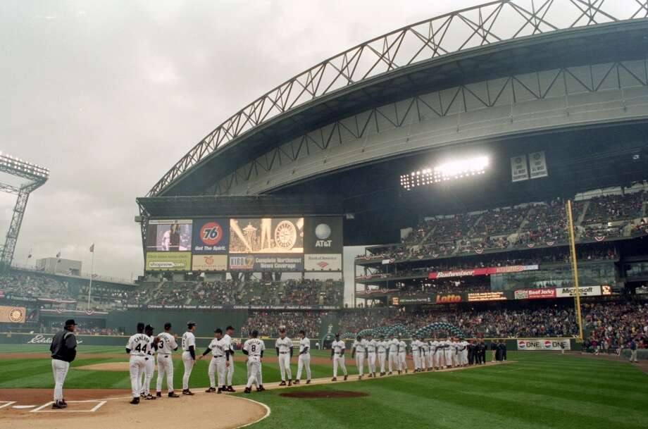 April 4, 2000 -- Boston Red Sox 2, Mariners 0