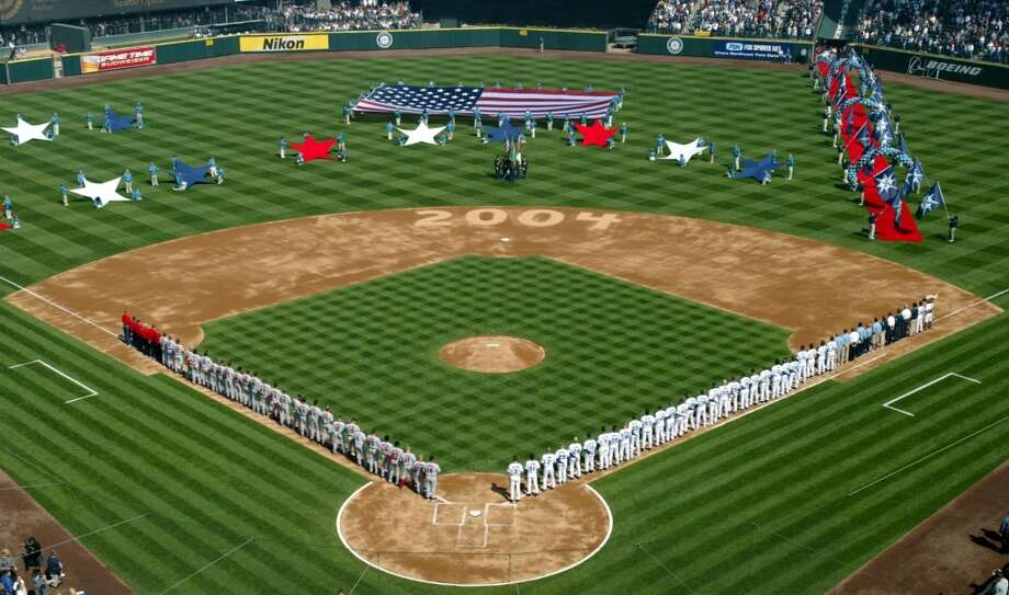 April 6, 2004 -- Anaheim Angels 10, Mariners 5
