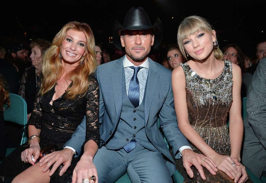 (-R) Singers Faith Hill, Tim McGraw, and Taylor Swift attend the 48th Annual Academy of Country Music Awards at the MGM Grand Garden Arena on April 7, 2013 in Las Vegas, Nevada. Photo: Frazer Harrison/ACMA2013, Getty Images For ACM / Frazer Harrison/ACMA2013