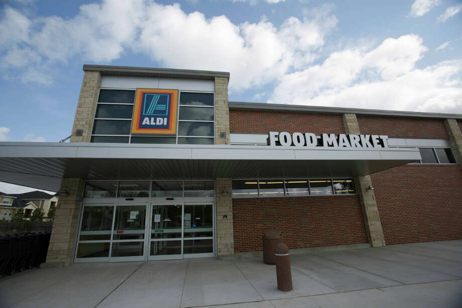 This discount grocer opened its first Houston stores in one wave. All nine opened in the spring in Pasadena, Spring, Katy, Conroe, Sugar Land, Pearland, Humble and Northwest Houston. Photo: Eric Kayne, For The Chronicle / © 2013 Eric Kayne