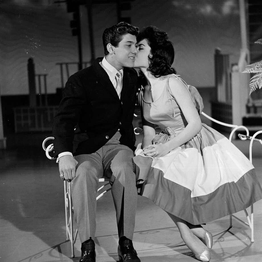 Annette Funicello kisses Paul Anka in 1960. Photo: ABC Photo Archives, File / 2010 American Broadcasting Companies, Inc.