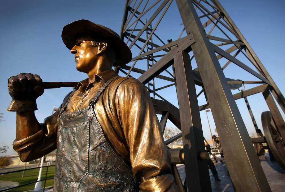 The Oil Worker Monument in Taft, California, near Bakersfield on March 13, 2013. The area is prime for a resurgence in oil development and locals are hoping for a return to former glory. (Al Seib/Los Angeles Times/MCT) Photo: Al Seib, McClatchy-Tribune News Service