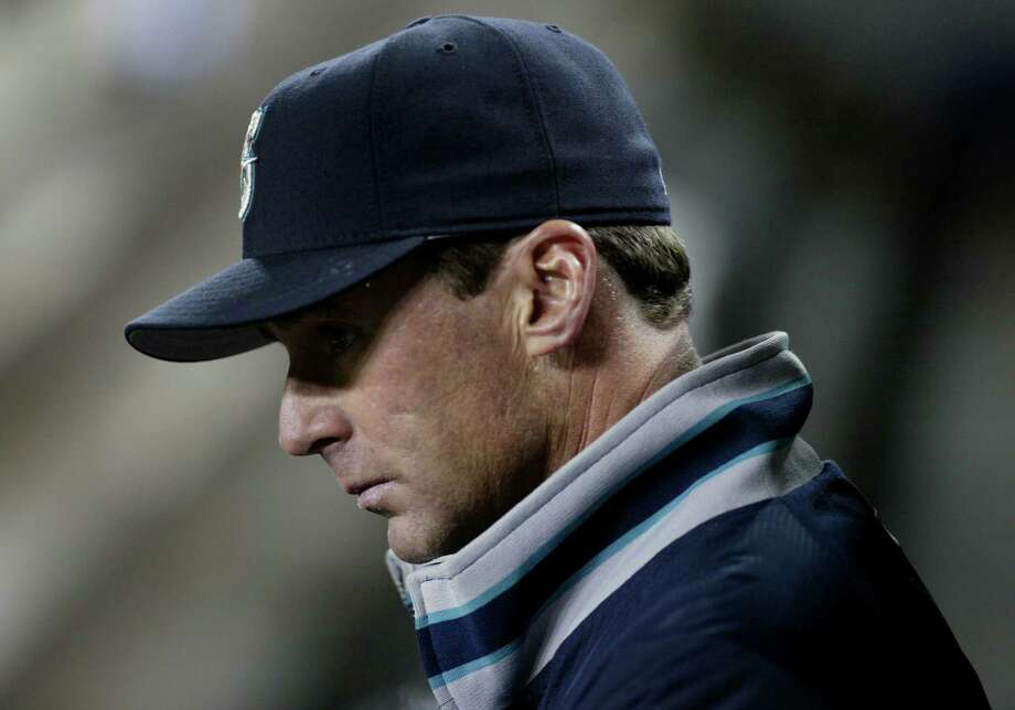 Piniella was replaced by Bob Melvin, whose Mariners won 156 games and lost 168 before he left in 2004. Photo: Dan DeLong, Dan DeLong/Seattle P-I / Seattle Post-Intelligencer