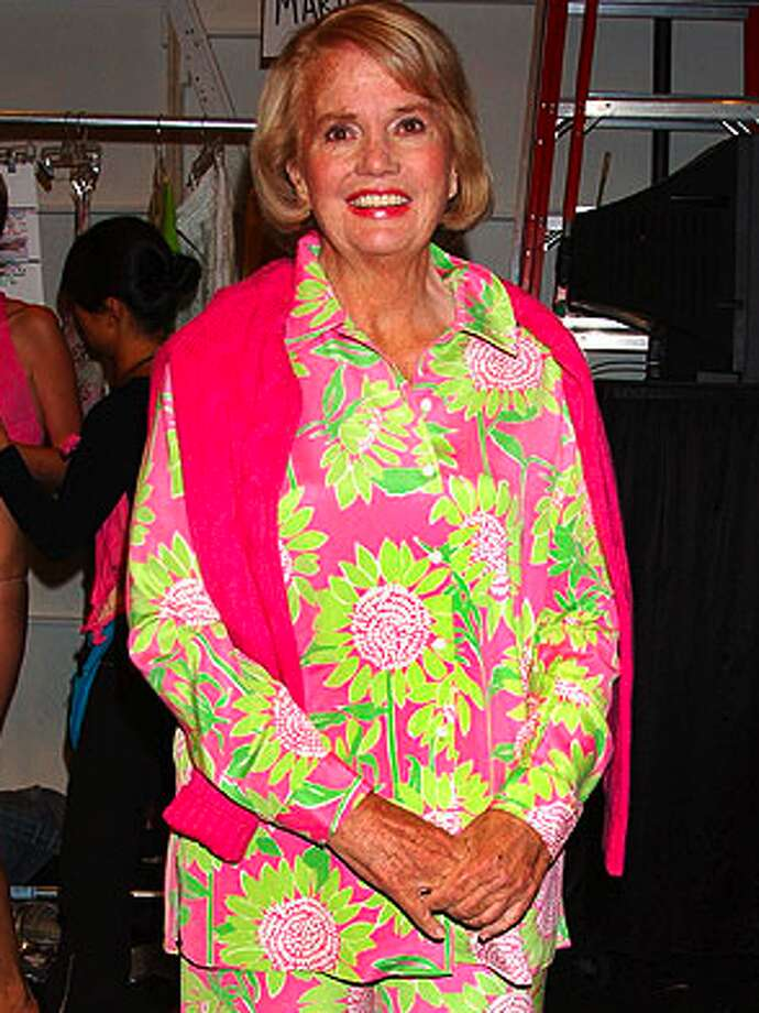 Lilly Pulitzer, queen of preppy fashion, would be 84 years old today.