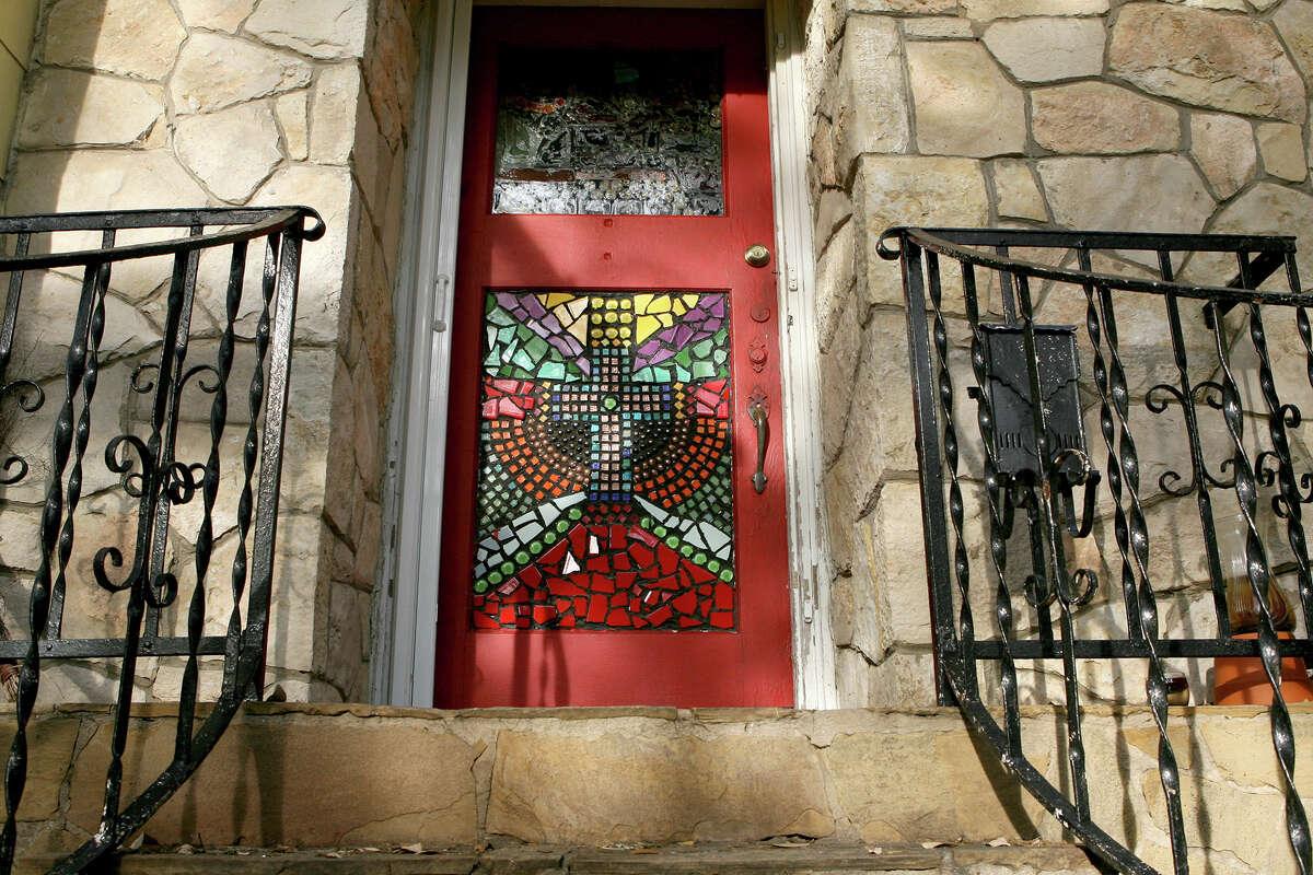 The art show begins at the front door of Meredith Christiansen's Monte Vista home.