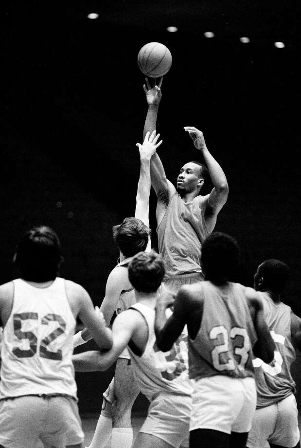 University of Houston forward Larry Micheaux takes a shot during practice, March 29, 1983, in Houston, as the Cougars prepare for the NCAA semi-finals. Photo: F. Carter Smith, Associated Press File Photo / AP1983