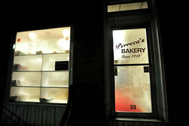 The windows steam up from the heat of the brick oven on Friday, March 29, 2013, at Perreca's Bakery in Schenectady, N.Y. (Cindy Schultz / Times Union) Photo: Cindy Schultz / 00021744A