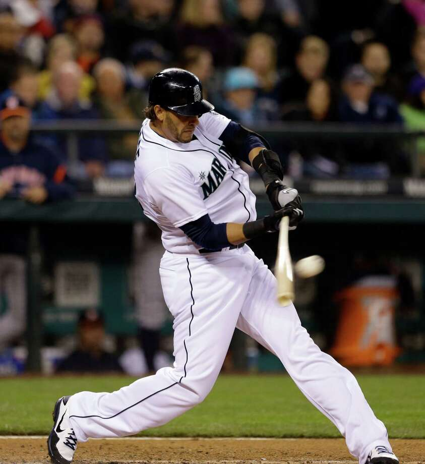Seattle Mariners' Michael Morse fouls out against the Houston Astros. Photo: AP