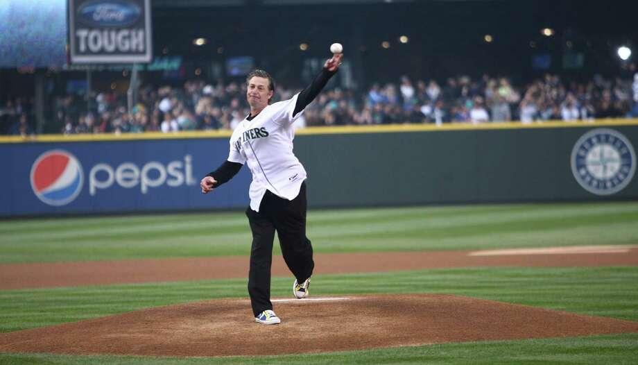 Former Mariner Jamie Moyer throws out the first pitch. Photo: JOSHUA TRUJILLO / SEATTLEPI.COM