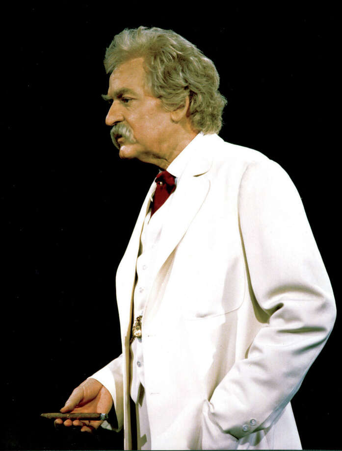 In this photo provided by Bill Evans and Associates,  Hal Holbrook stars in ``Mark Twain Tonight!'', his one-man show about the famous humorist and writer, running through June 18 at Broadway's Brooks Atkinson Theatre.  (AP Photo/Bill Evans and Associates/Chuck Stewart) Photo: CHUCK STEWART, HO / AP2005