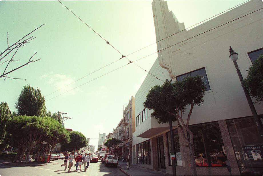 1998 file photo of th Pagoda Theater. Business people and residents oppose chain stores such as Rite Aid moving into the neighborhood. Rite Aid tried to move into this building at right which used to be the old Pagoda theater across from Washington Square in 1998. Photo: DEANNE FITZMAURICE, SFC / CHRONICLE